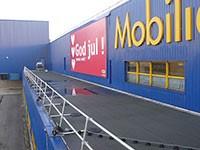 Kee Guard freistehende Absturzsicherung bei IKEA