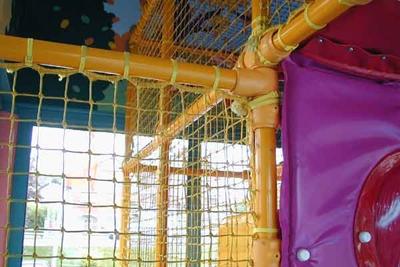 Kee Klamp sorgen für stabiles Kindervergnügen