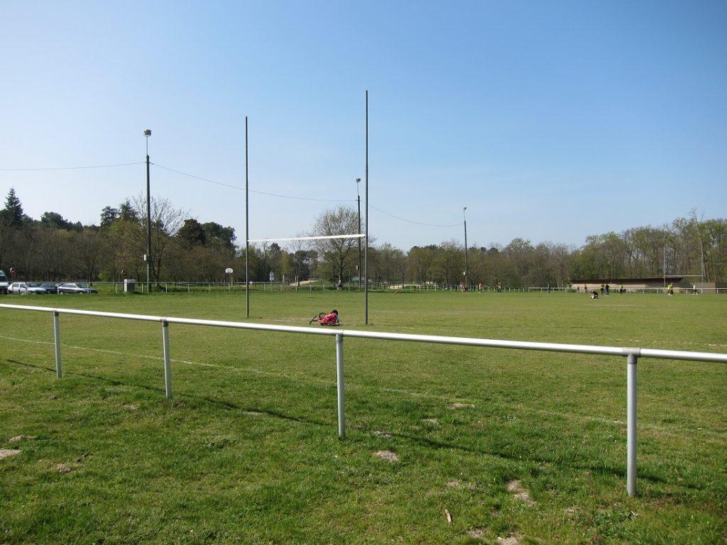 Kee Klamp im Sport: Fußballumrandung